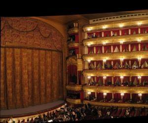 odin_iz_krupnejshix_teatrov_opery_i_baleta_v_rossii_bolshoj_teatr
